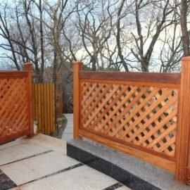 решетчастый забор из мербау