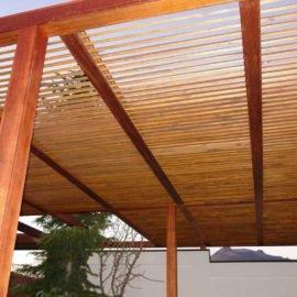 крыша деревянной перголы-беседки