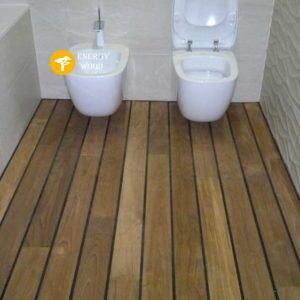туалетная комната в тике
